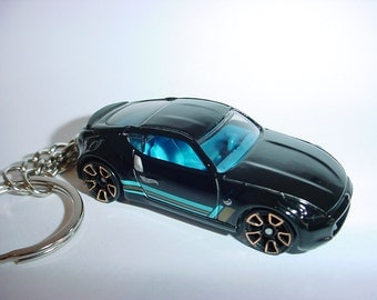 3D Nissan 370Z custom keychain by Brian Thornton keyring key chain finished in black/blue color trim greddy