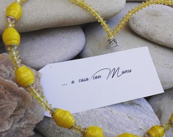 Collana lunga - long necklace - yellow necklace - perle di carta - pearl paper - yellow - handmade - made in Italy