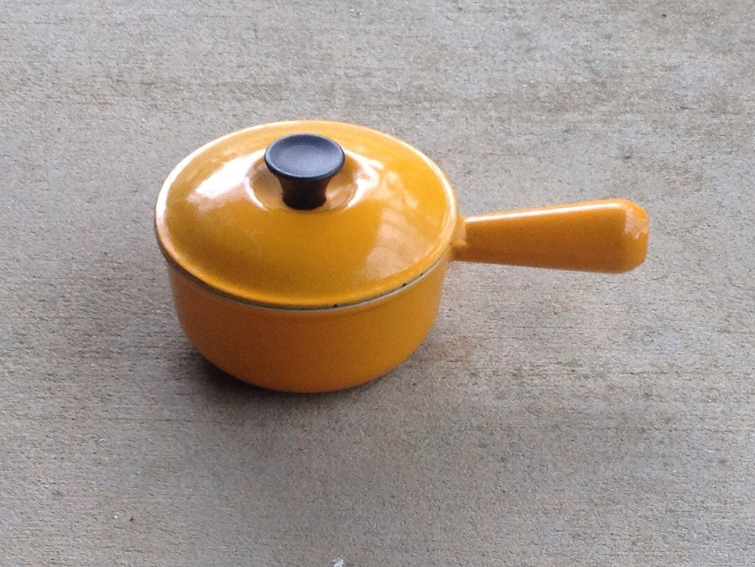 vintage le creuset cast iron and enamel saucepan 14 marigold. Black Bedroom Furniture Sets. Home Design Ideas