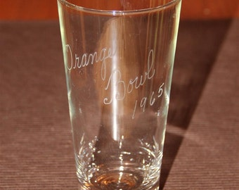 Vintage 1965 Orange Bowl glass