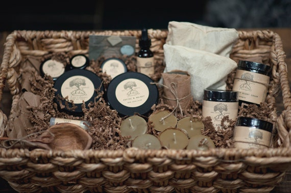 https://www.etsy.com/listing/232472454/natural-skincare-and-spa-gift-basket?ref=shop_home_active_4
