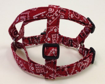 Adjustable Red Bandana Print Step-In Harness