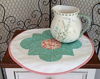 Circular Table Topper Cotton 30's Reproduction Prints