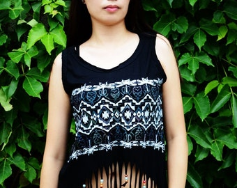 tank - top has fringes - ETHNICALLY motivated - ethnic fringes tank-top - shopaholic
