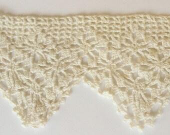 Cotton needlework lace - Vintage Natural cotton lace applique / Decorative trim supply - VL001