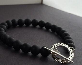 Black onyx bracelet, beaded bracelet, black beaded bracelet, elegant bracelet