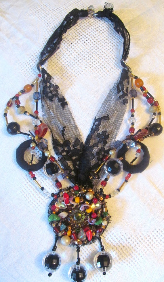 Necklace,  Handmade jevelry. Boho jevelry.  colours; black, red, gold, green, amber,. ready to ship.