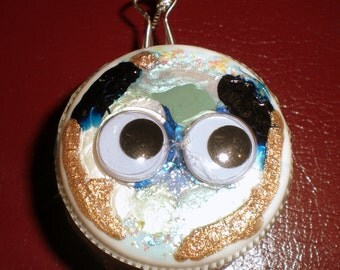 Pearly Colors-Snowflake rimmed Googly Eyed Ornament