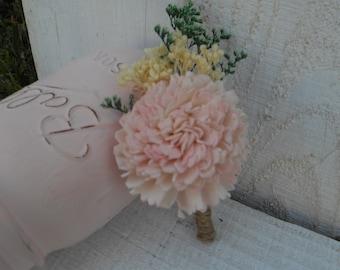 Sola Boutonniere, Sola  Flower, Buttonhole, Rustic Wedding, wedding boutonniere, groom, groomsman