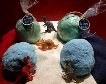 Dinosaur Egg Bomb(with dino inside)