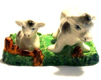 1950's Vintage Salt & Pepper Shaker Set with Stand - Holstein Cow with Baby Calf - Adorable
