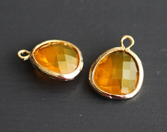 A2-000-G-H] Honey / 13 x 16mm / Gold plated / Glass Pendant / 2 pieces