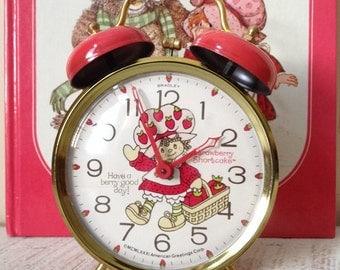 Clock-Strawberry-Rare ~ 1981 Strawberry Shortcake American Greeting Working Alarm Clock