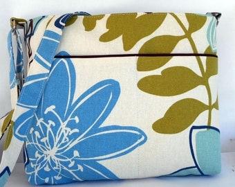 Spring floral cross body bag. Handmade by RiverPurseWorks