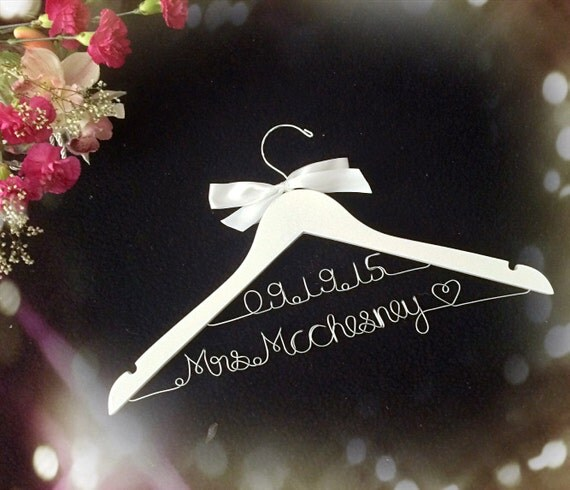 Wedding Gift Opening : ... Bridal Hanger,Customized Hanger, Wedding Gift, Wedding Hanger, Bridal