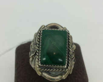 Silver Cloud Sterling Silver Ring with green stone sz 12.5