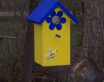 Wood-In-Things.com Tall birdhouse Decorated