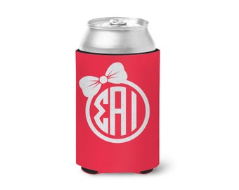 SAI // Sigma Alpha Iota // Bow Monogram Can Hugger // Choose Your Colors // Sorority Hugger