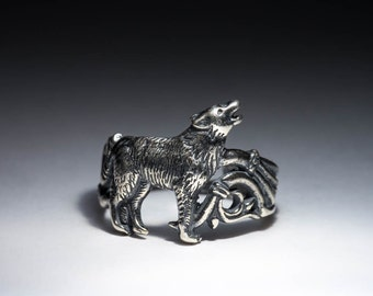 Howling Wolf Ring, silver-plated brass, adjustable size, handmade ..... Wolf Song Ring