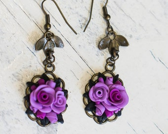 Flower earrings - Purple flowers - Vintage earrings with purple roses