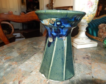TENNESSEE ART POTTERY Vase signed Mayhew