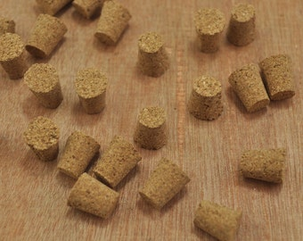 Small Cork/Corks For Miniature Bottles/Glass bottle/Tiny Bottle/Lid/Natural cork/supplies Small bottle stoppers - 10x8.5mm