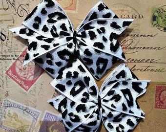 Black and White Leopard Pinwheel Hair Bows