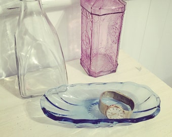 Vintage blue scalloped glass dish