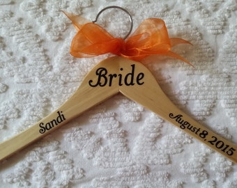 One Keepsake Wedding Hanger