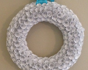 Paper flowers/White paper flowers/wedding paper flowers/blue ribbon/white paper flower wreath
