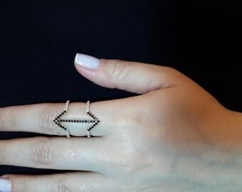 Arrow ring-Black Signet ring