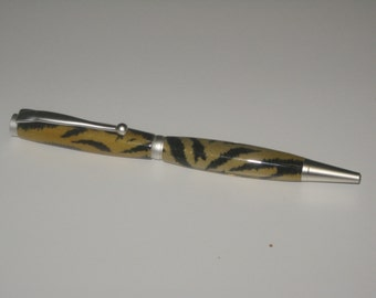 Fun-Iine Trim-line Twist Pen made with polyester resin pen blank.