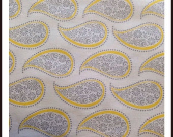 Fitted Cot Sheet - Yellow & grey Paisley