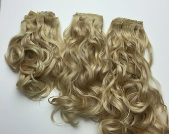 Clip-In Hair Extension Wavy- high quality synthetic fibers
