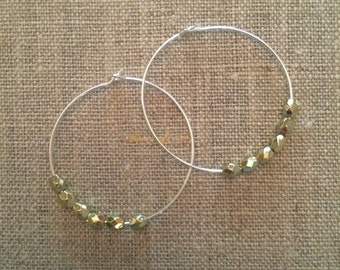 Kind Earrings - Sterling Silver with Gold Bead