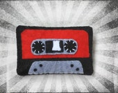 Felt Brooch Tape - Retro Pin 80 and 90 support - Music - Hipster - Vintage - Casette clip - Black, Gray, Green, Blue