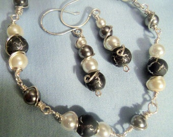Black and White Bracelet and Earring Set
