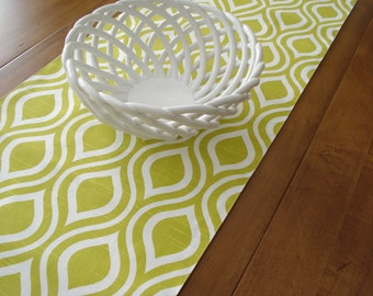 Table Runner / Cloth Runner /Table Linens / Modern Table Runner / Chartreuse Slub/ Table Runner / Table Accessory / Handmade Table Runner