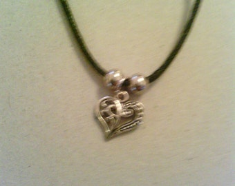 Silver coloured style Heart with leather necklace