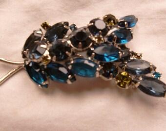 Vintage Blue/Green glass brooch
