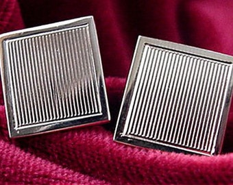 Gold Ribbed Pattern Cuff Links