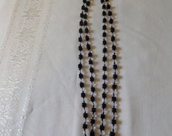 Vintage Lucite Necklace Black and Clear