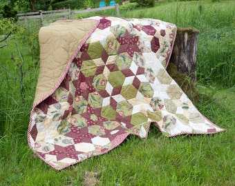 Apple-green Christmas blanket, quilt, bedspread, patchwork of hexagon and diamonds to stars, flowers and cubes shaped high-quality materials,