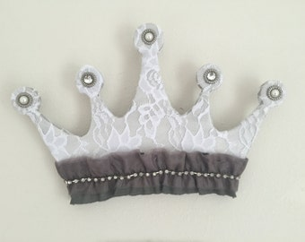 princess tiara wall art