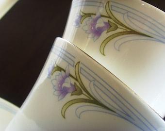 Pair of beautiful Sadler tea cups, saucers and side plates