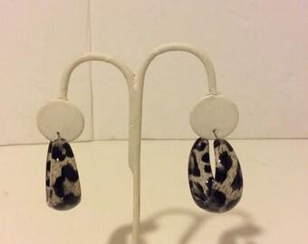 Chunky grey leopard hoop earrings