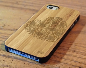 Genuine Wood Cell phone Case with Heart Doodle Laser Engraving for iPhone 5/S, 6 and 6 plus IP-006