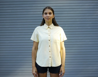 Pale yellow shirt with short sleeves - cotton