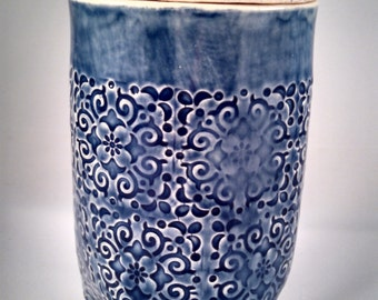 Lace textured slab jar