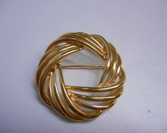 Gold Tone Woven Circles Brooch Costume Jewelry